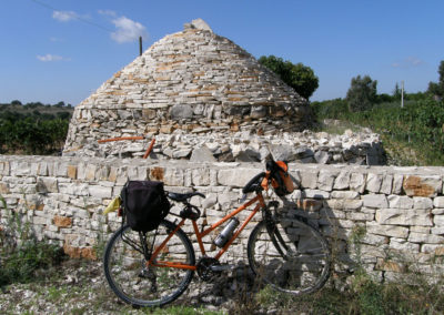 a-loop-to-the-caves-cycling-in-puglia-main