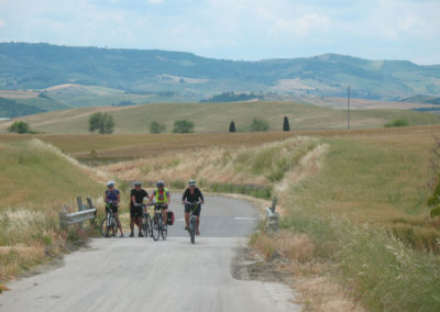 lake-and-crypt-cycling-daily-tour-1