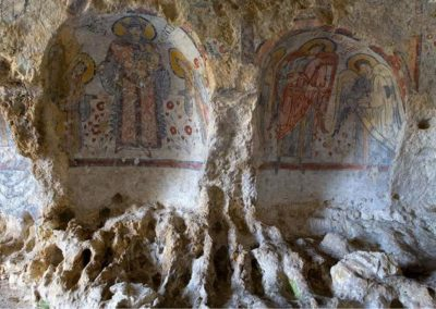 san-giuliano-lake-and-crypt-of-the-original-sin-cycling-daily-tour-5