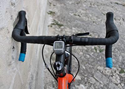 gravel-road-bike-handlebar